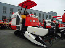 Small combine harvester for rice or wheat