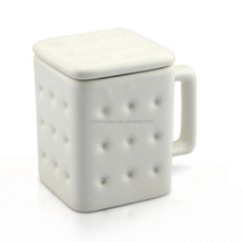 Creative Design Biscuits cup milk/coffe/water cup High Quality ceramic cup mug with lid for the best gift to friends