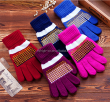 factory stock cheap winter knit warm gear heated gloves