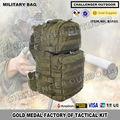 Negro halcón hombros militares mochila