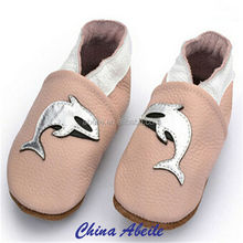 anti slip new born baby learning shoe socks latest design best selling cute baby socks shoe small MOQ