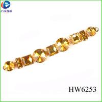 HW6253 yiwu focus wholesale sandals plastic charm shoes accessories for women