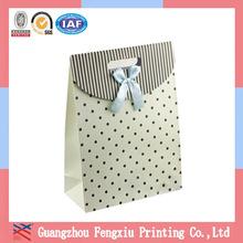 Lovely Ribbon Gift Packaging Paper Bag Die Cut Handle Birthday Paper Gift Bag Wholesale