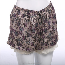 2015 Summer women printed elastic waist and tie belt pom pom shorts with lace hem