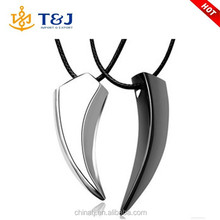Wholesale Cheap Fashion Animal Jewelry Men Stainless Steel Wolf Tooth Pendant Necklace