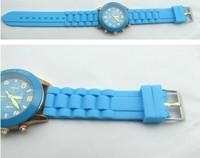 2015 New Fashion GENEVN 12 Colors ICE Ultra-thin Gift Silicone Watch Quartz Analog Wrist Watch QN-A-001