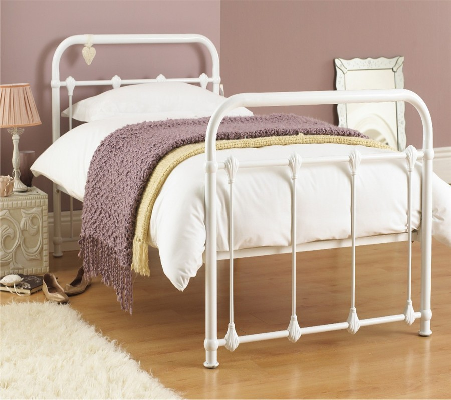 Cheap modern european style simple wooden slats metal for European beds for sale