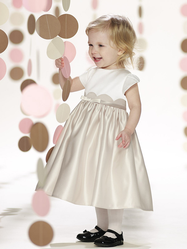 Adorável A linha chá de comprimento Flower Girl vestidos batizado do bebê vestido 2014 vestidos de primeira comunhão princesa comunhão vestido