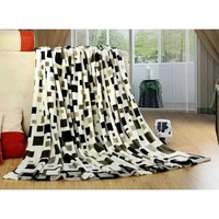 2015 hot sale refugee relief rolling outdoor use wholesale carton printed polyester very cheap blanket