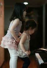 TF-04150808005 2015 nuevo caliente vender cintas de hombro vestido de princesa para niña