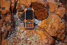 2.0 inch 425 hours longtime standby Rugged phone