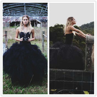 VIntage Puffy Ball Gown Sweetheart Lace Appliques Bridal Gowns Sexy Backless Black Wedding Dresses