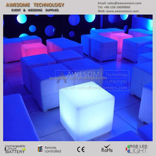 PUFFS LOUNGE / MESAS DE CENTRO / led cube coffee table for events