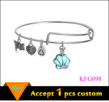 Custom Adjustable Wire Bangle Bracelet with Flag Charms,Wholesale Cheap Glow Charm Bangle Bracelet