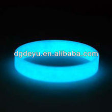 glow in the dark round silicone wristband for dancing party