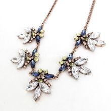 Qingdao European and American fashion jewelry manufacturers, wholesale gemstone jewelry European and American big flower necklac
