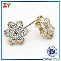 Brass Flower White CZ Earring Jewelry for Lady