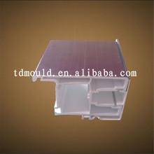 modellazione di estrusione di plastica della muffa porte e finestre usate