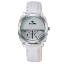2015 Promotional Fashion Design Leather Cheap Watches in Bulk