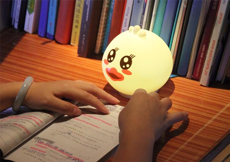 Glutton-Duck-Night-Light_18.jpg