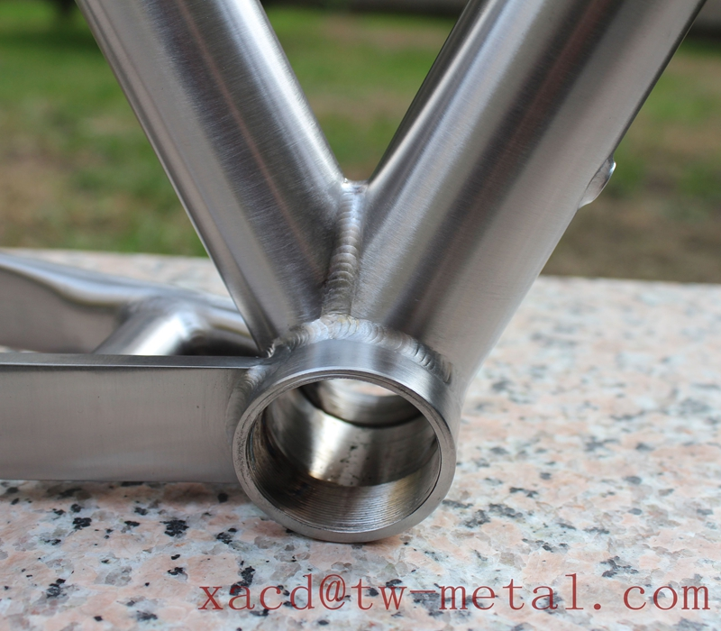 titanium road bike frame10.jpg
