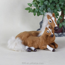chinese factory custom handmade plastic horse garden ornaments