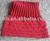 Lady's acrylic loop scarf