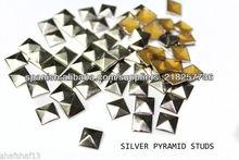 7 mm arreglar Silver Plaza Pirámide Espárragos Hot Iron On pegamento en la Artesanía