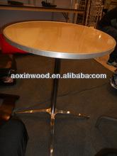 barra de madera mesa de cóctel