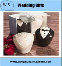 Wedding favor Bride&Bridegroom Salt & Pepper Shaker