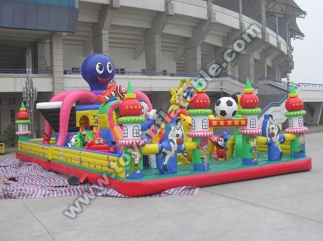 Giant zenith inflatable dragon