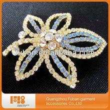 elegant crystal rhinestone brooch for amira hijab