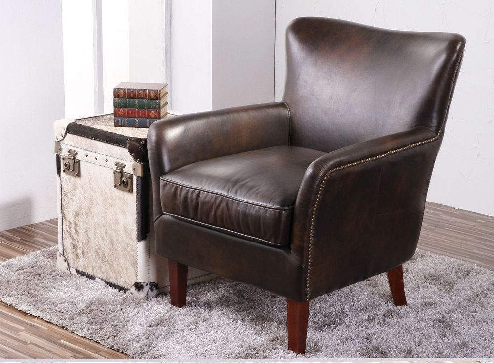 Deluxe club vintage top leather sofa armchair with studs for Sofa with studs