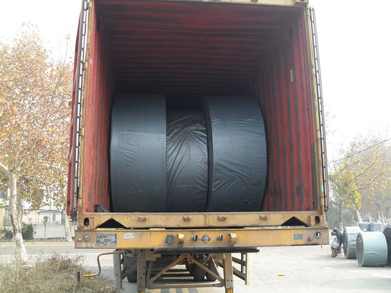 CONTAINER LOADING-1.jpg