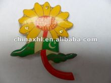flower shaped led badge