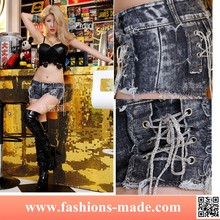 Sexy Girl Chainlet Decoration Jeans Shorts