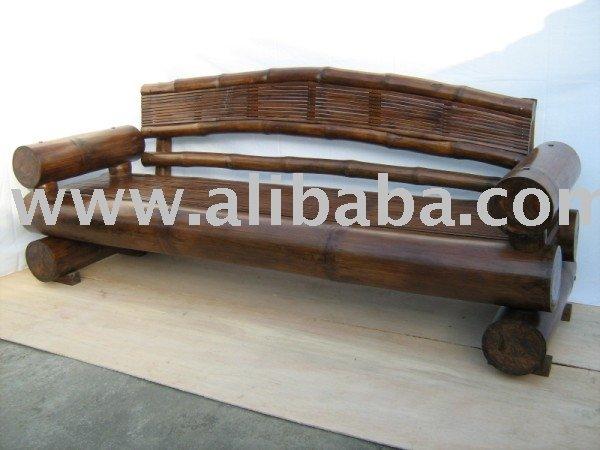 Gigante sofá de bambu