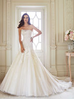 2015 popular long train sleeveless lace bridal wedding gown