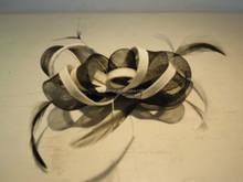 H8597 ribbon binding crin loops comb fascinator