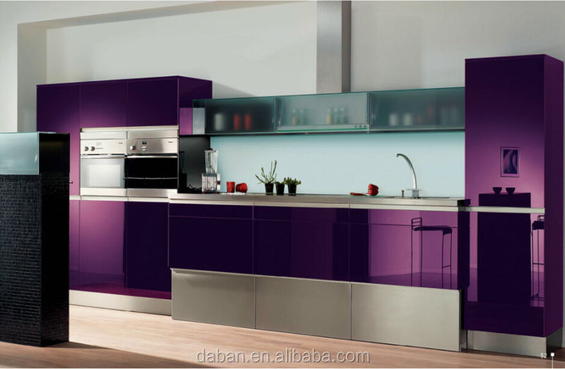 Modern italian kitchen design modern high gloss kitchen for Kitchen designs high gloss