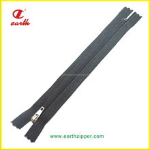 most populer quality nylon close end plastic bottom stop zipper for luggage ,back pack