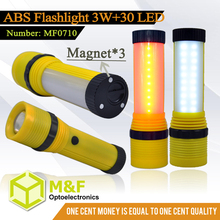 red / white plastic led flashlight light torch with zoom and magnet
