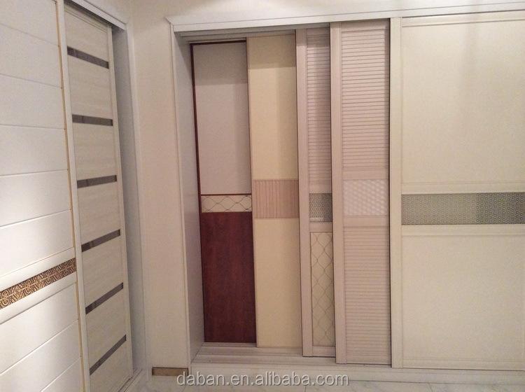 Puertas para armarios perfect armario de puertas abatibles en madera teida con hueco para - Puertas de cristal para armarios ...