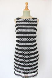 Casual stripe black and white dress Render unlined upper garment Roman cloth