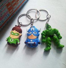 Wholesale Silicone Avengers 2 Keychains Hulk/Captain America Keyrings for Gifts