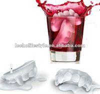 FDA eco-friendly Customed design vampire silicone ice cube tray
