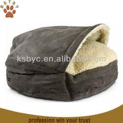 Hoodied Cave Pet Bed