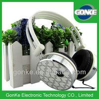 headphone looking for distributor,headphones cheap headphones with volume control