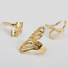 WIDE CRYSTAL WOMENS SET WEAVE RING SPARKLING RING