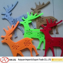 colorful felt deer for Christmas decorations